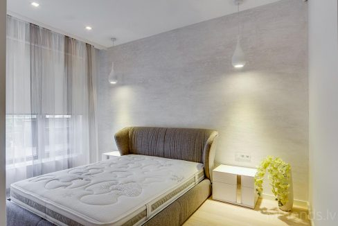 fantastic-beautiful-apartement-jurmala-13