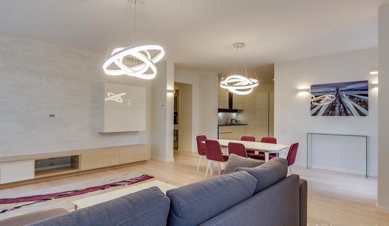 fantastic-beautiful-apartement-jurmala-2