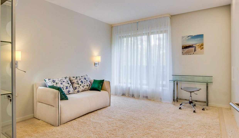 fantastic-beautiful-apartement-jurmala-20