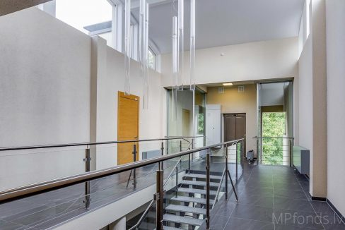 fantastic-beautiful-apartement-jurmala-26