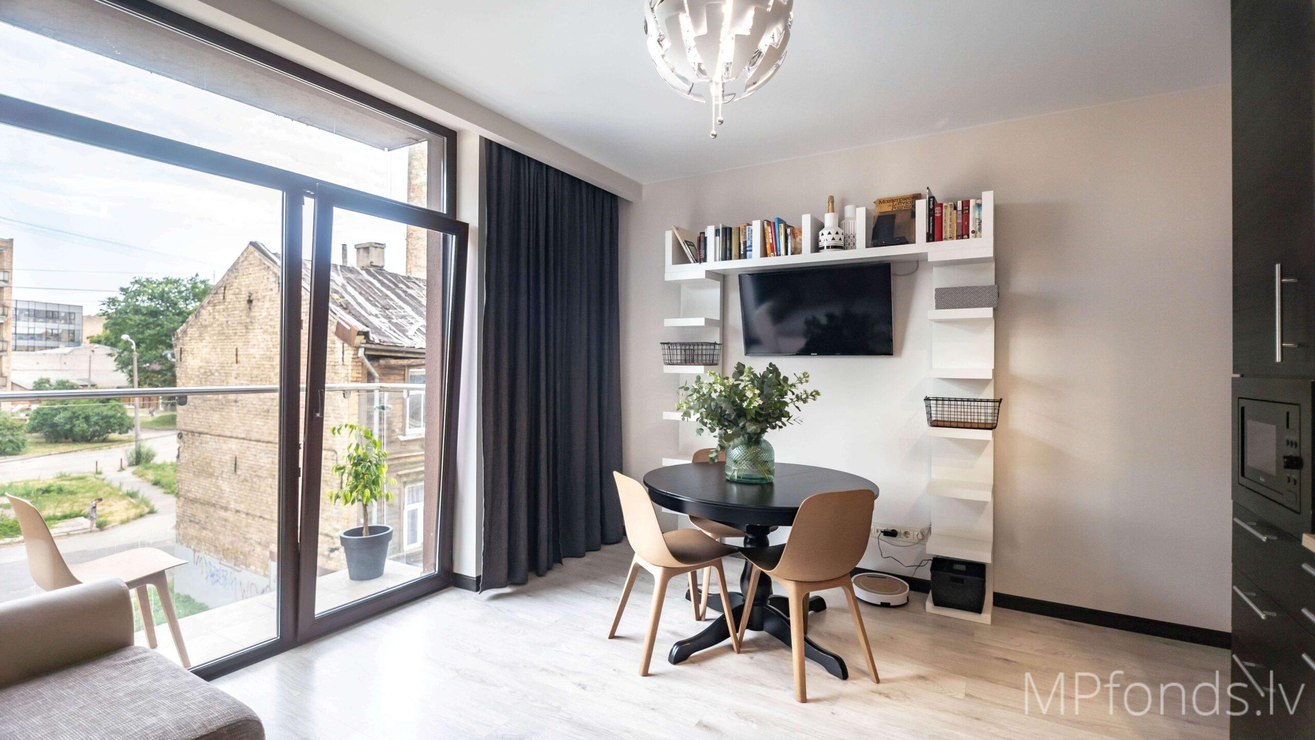 Pārdod, Mūsdienīgu 3-istabu dzīvokli jaunajā projektā